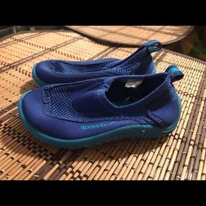 Speedo Shoes - Toddler boy speedo water shoes size 5/6